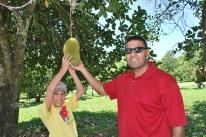 12-1-09 Nathan & Neerav giant fruit