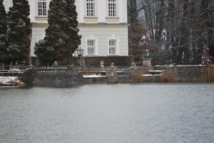 12-17-11 Scene of boat capsizing
