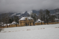 12-17-11 Used as front of von Trapp home