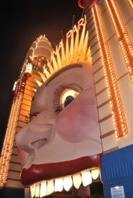 12-5-09 Luna Park night