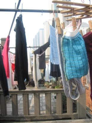 3-27 Rooftop washlines
