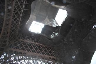 3-28-10 Eiffel center