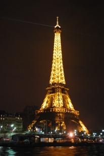3-28-10 Tour Eiffel night