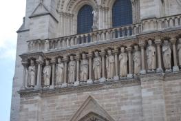 3-29-10 Notre Dame statues 1