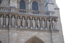 3-29-10 Notre Dame statues 3