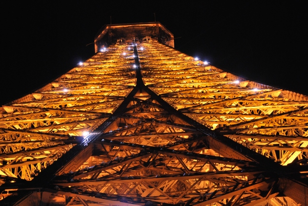 3-30-10 Eiffel up sparkle