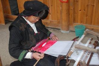 3-30 Yao woman black weaving