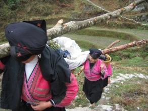 3-30 Yao women gather wood