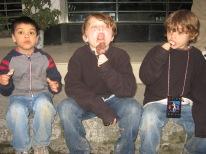 3-31 Boys ice cream