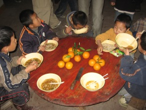 3-31 Boys lunch, give oranges