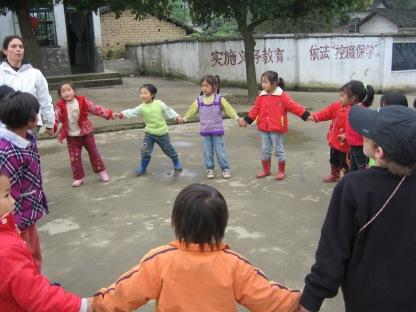 3-31 Kids playing motorboat