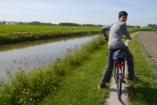Nathan riding along in the polders