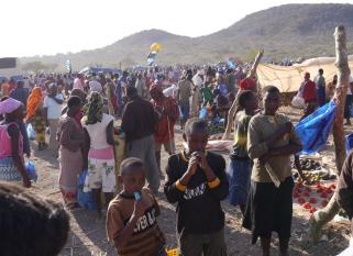 Monthly market in Lake Eyasi