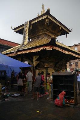 Worshippers at Hindu temple at Swayambhunath