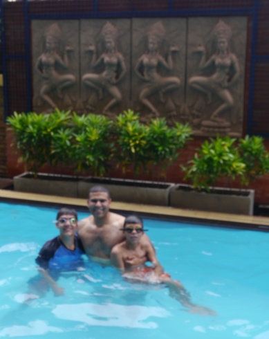 Pools are better with Dad