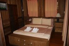 Shellie and Neerav's bedroom
