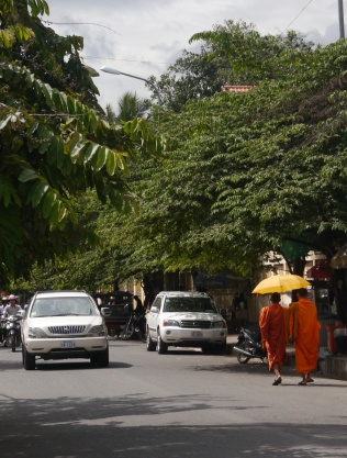 Monks out and about in Phnom Pehn.