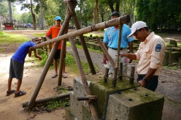 Aidan demonstrates how the Khmer people were able to move such massive stones.
