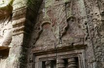 More missing Buddhas at the hand of King Jayavarman VIII, a Hindu.